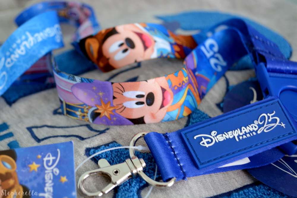 Disneyland-Paris-25-Lanyard-Stepherella