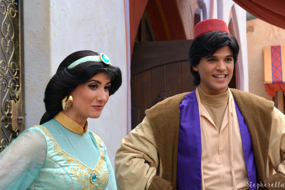 Aladdin-And-Jasmine-Adventureland-Disneyland-Paris-Stepherella