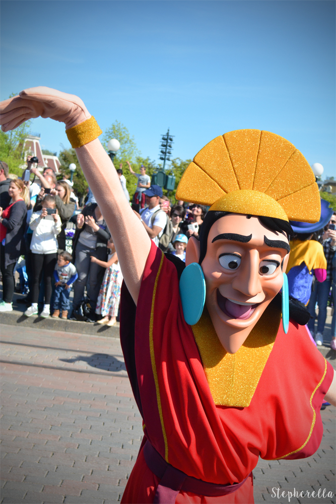 Kuzco-Disneyland-Paris-Stepherella