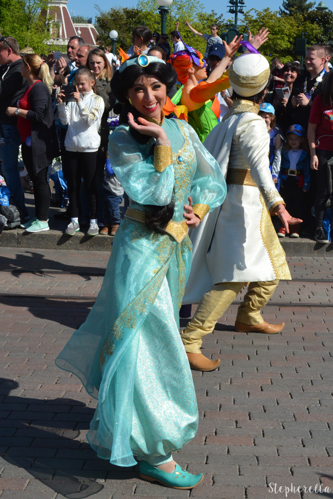 Aladdin-And-Jasmine-Disneyland-Paris