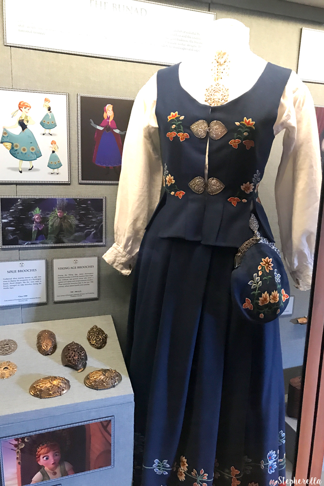 Anna-Inspired-Outfit-Frozen