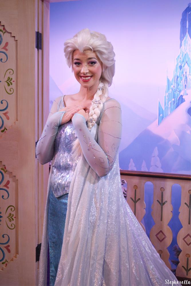 Elsa-Epcot-Frozen