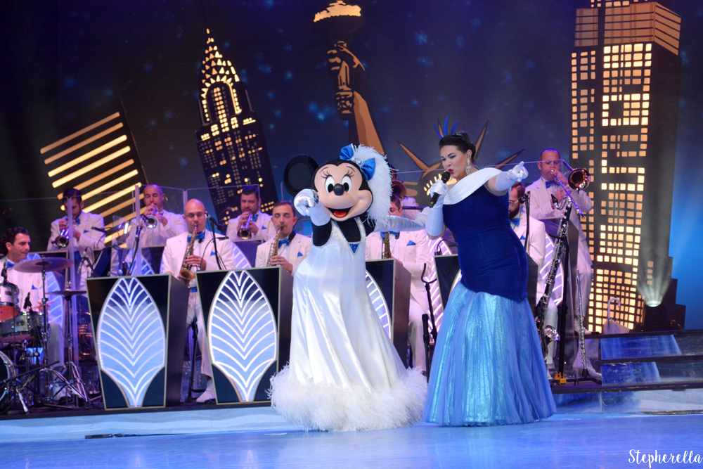 Minnie-Mouse-Mickeys-Big-Band-DLP