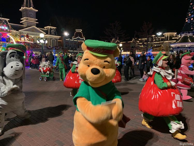 Christmas Parade Disneyland Paris