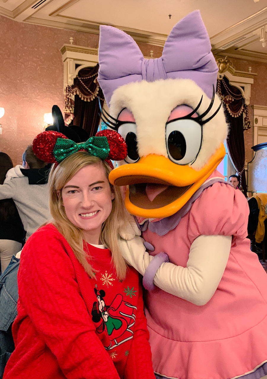Plaza Gardens Character Dining Daisy Duck