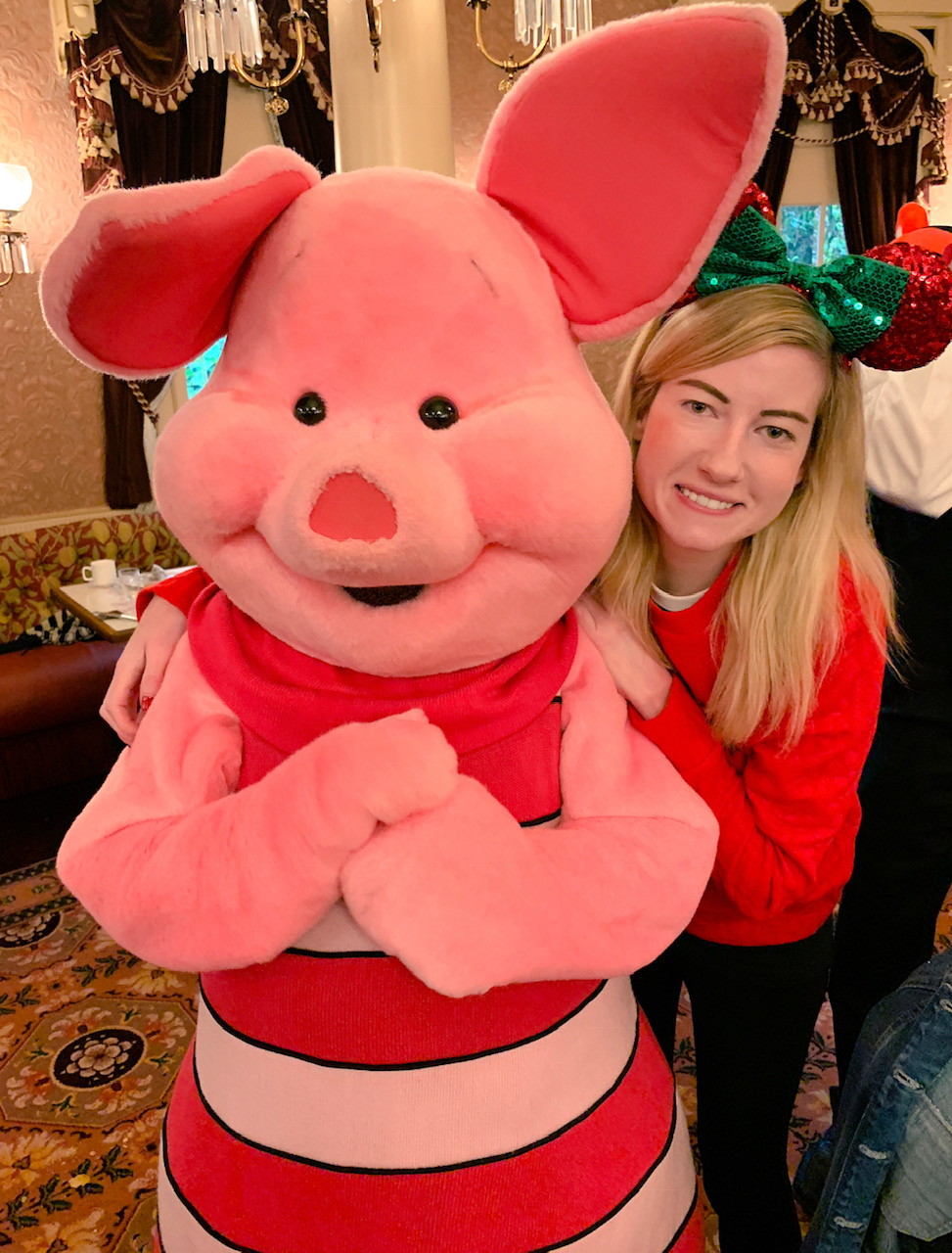 Plaza Gardens Character Dining Piglet